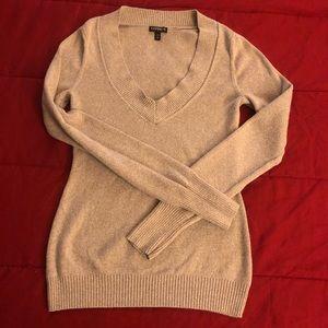 EUC Express V-Neck Sweater